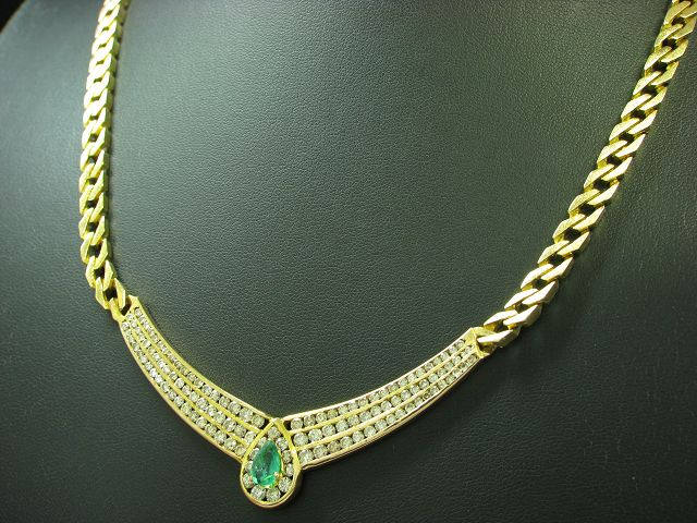 18kt 750 Gold Collier mit 2,82ct Brillant & 0,67ct Smaragd Besatz / 54,3g / 46cm